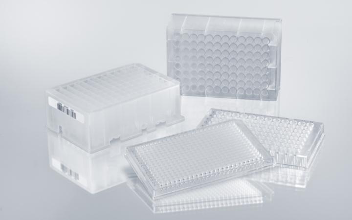 Liquid handling consumable plates