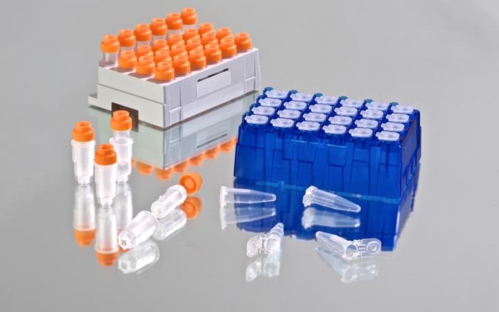 Liquid handling consumable tubes